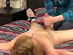 Küçük boy eşcinsel sex Bilyeli Ağrıyan Hand İşini indir klip !