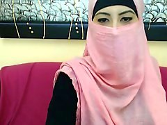 In Echt Shy Arab der Mädchen Naked lediglich bei Cybersluts