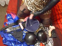 Lo sperma sulla hostess Biancheria dopo fotografia sesion