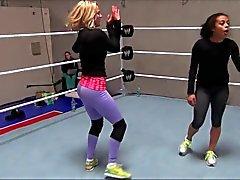 De lana (CJ de Perry ) Breakdancing
