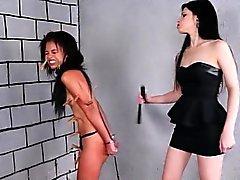 Brasilianische Sklaven Pollys lesbischen BDSM