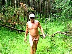 Il bosco Amo appena ottenere all'aria aperta naked e sborrando