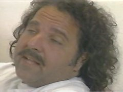 Ron Jeremy y adolescente gordita