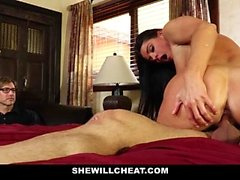 SheWillCheat - Stepmom capturados con consolador