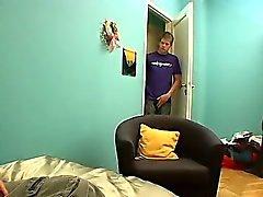 De clip homosexual de An Interrupción de Jerk De