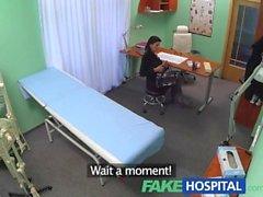 FakeHospital lääkäriin varmistaa kärsivällinen on hyvin läpi ongelmien varalta