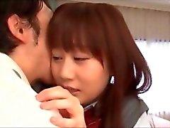tímidas A menina asiática a escola despojado e fodeu do Professor despertado