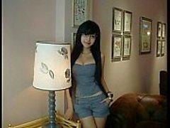 calda della ragazza asiatica Valérie di Lee