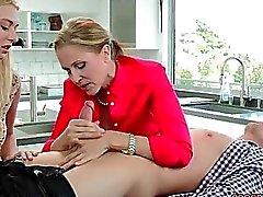 Natalia de Starr veut une bonne baise de son petit ami