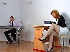 Naughty opiskelija saada rangaista opettaja