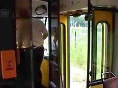 Gigantisch Tits Melken von An Busservice