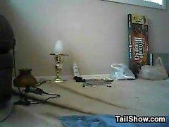 Slutty MILF стучал по-собачьи сыном в законе