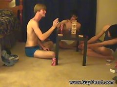 Unge holländska kille bög porrfilm Det här ligger i lång till video för er voyeur typer som