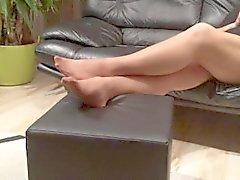Lunghe i piedi nylon di gioco dalla mia matrigna