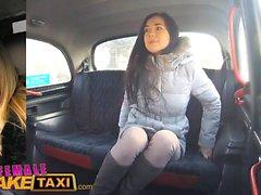Femminile Falso taxi Piuttosto bruna ha prima l'orgasmo lesbiche