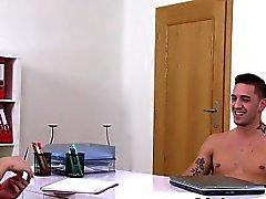 agente de elenco feminino fodendo parafuso prisioneiro quentes