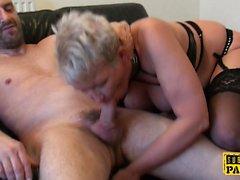 Britt matura cocksucks dom davanti a Sissy