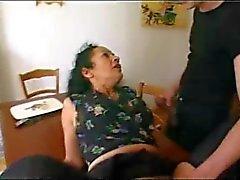 Französisch ausgereifte Dienstmädchen erfüllt 2 Rüden - Rayra
