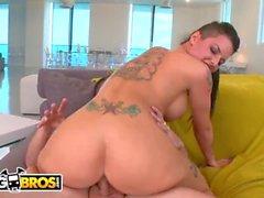 BANGBROS - kuuma pornotähti Christy Mack nauttia Hard Anal Ass Pounding