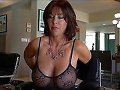 Sexy Milf baise - visitez realfuck24
