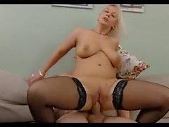 Salope russe gros seins