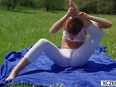erotic yoga with alexis crystal - xczech film