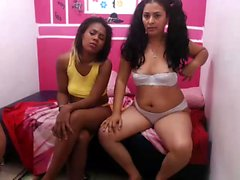 Webcam of lesbian threesome playing with sex toys