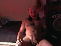 Glad halloween!! ett clown ur helvetet leka med sin kuk !!!!