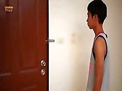 К гомосексуалистам азиатских Piss шестьдесят три