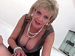 Unfaithful english milf lady sonia shows off her gigantic ju