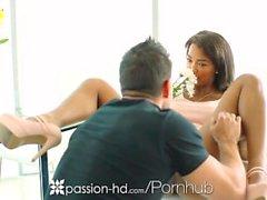 Passioni - di HD - di Harley Dean gradito il suo uomo devouring il cazzo duro