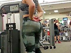 Биг Booty в спортзал