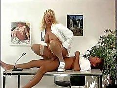 Bea Enfermeira Chefe Dumas