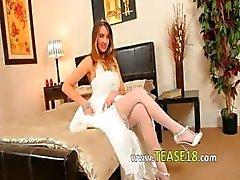 Super hot weiße Strümpfe von sexy Braut