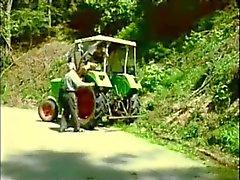 Farm Milf buceta comido ( innerworld )