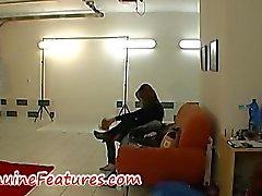 Deldi ile dövmelerle SEXBOMB erotik bac yapıyor