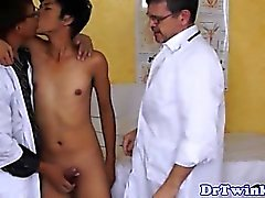 Asian twink amateur sucking two doctors