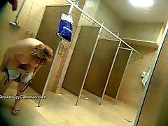 Spycam dans la douche