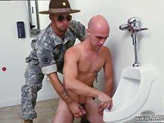 Homo meidät armeijassa guys xxx ilmainen video koko pituudeltaan En ollut koskaan BJ'ed