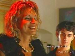Italienne Mumy Pleazin de Suny