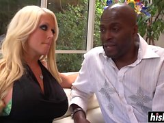Alura Jenson gets a nice black dick