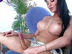 Seductive tgirl babe Mia Isabella jizzes