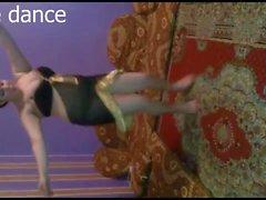 красавицей танец кабыл 1.