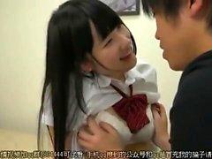 Teenager giapponese Pompini Dick In ascensore