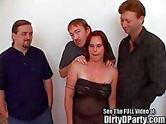 Big Titty Angel's pik zuigen en Pussy stampende Slumber Party