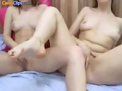 Calientes chicas lesbianas rubia toying