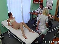 Lääkäriin panee hän luonnonvaraisen potilas