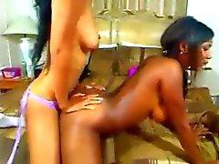 As lésbica Negro encarnado no Cam Grátis