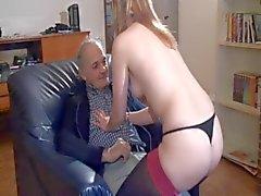Francés Slut A41 bebé de limpieza viejo hombre trío