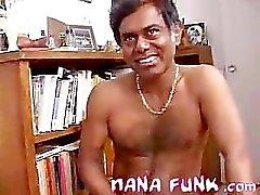 Nana zuigen Indiase pik